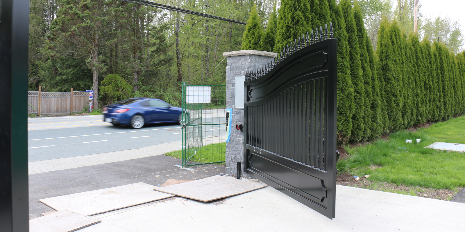 Driveway Gate Mission BC Masuk Metal