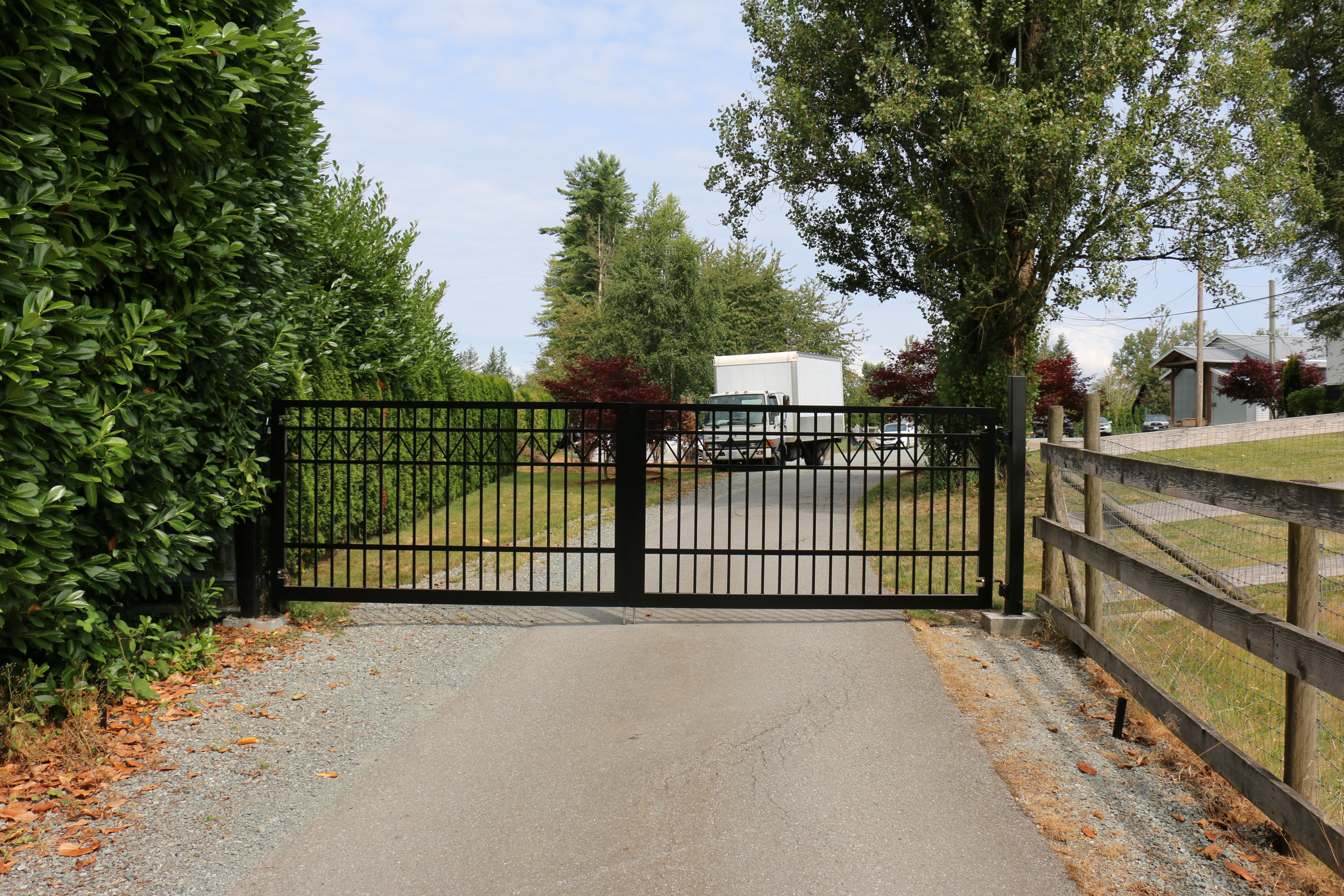 Driveway Gate Aldergove BC Portfolio #6 1