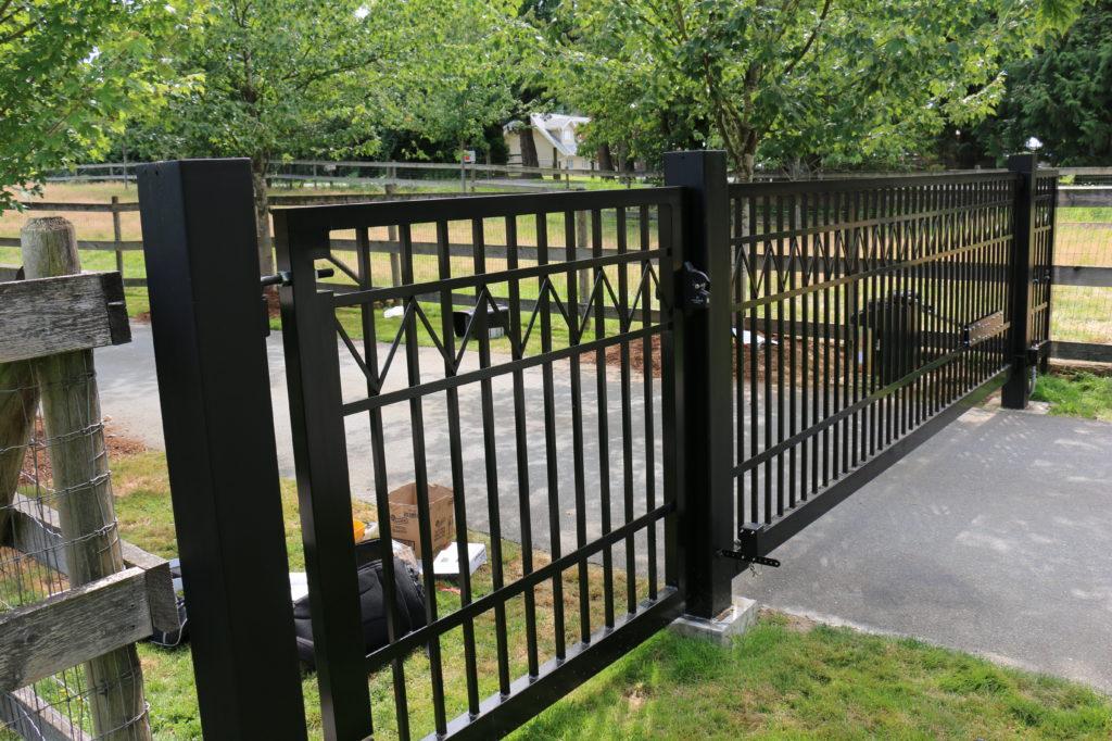 Drivway gate installation aldergrove bc