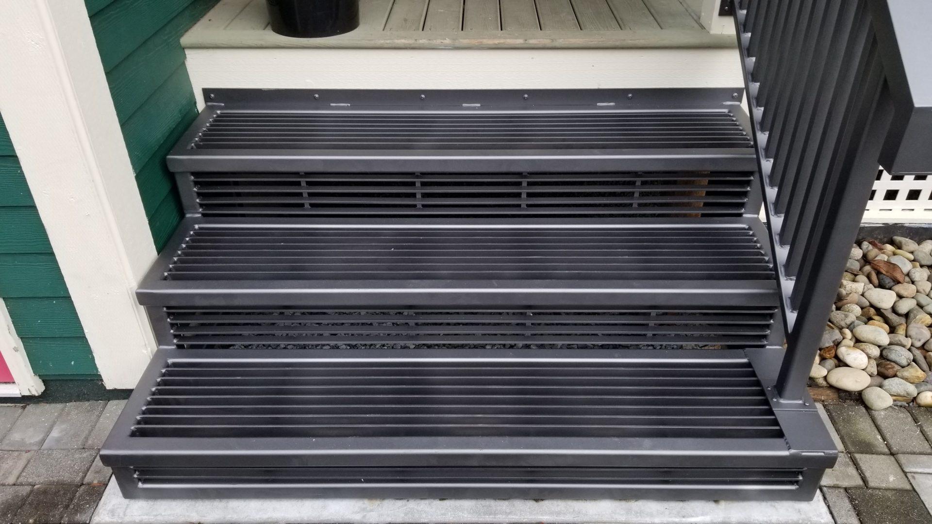 aluminum railings portfolio 20-14