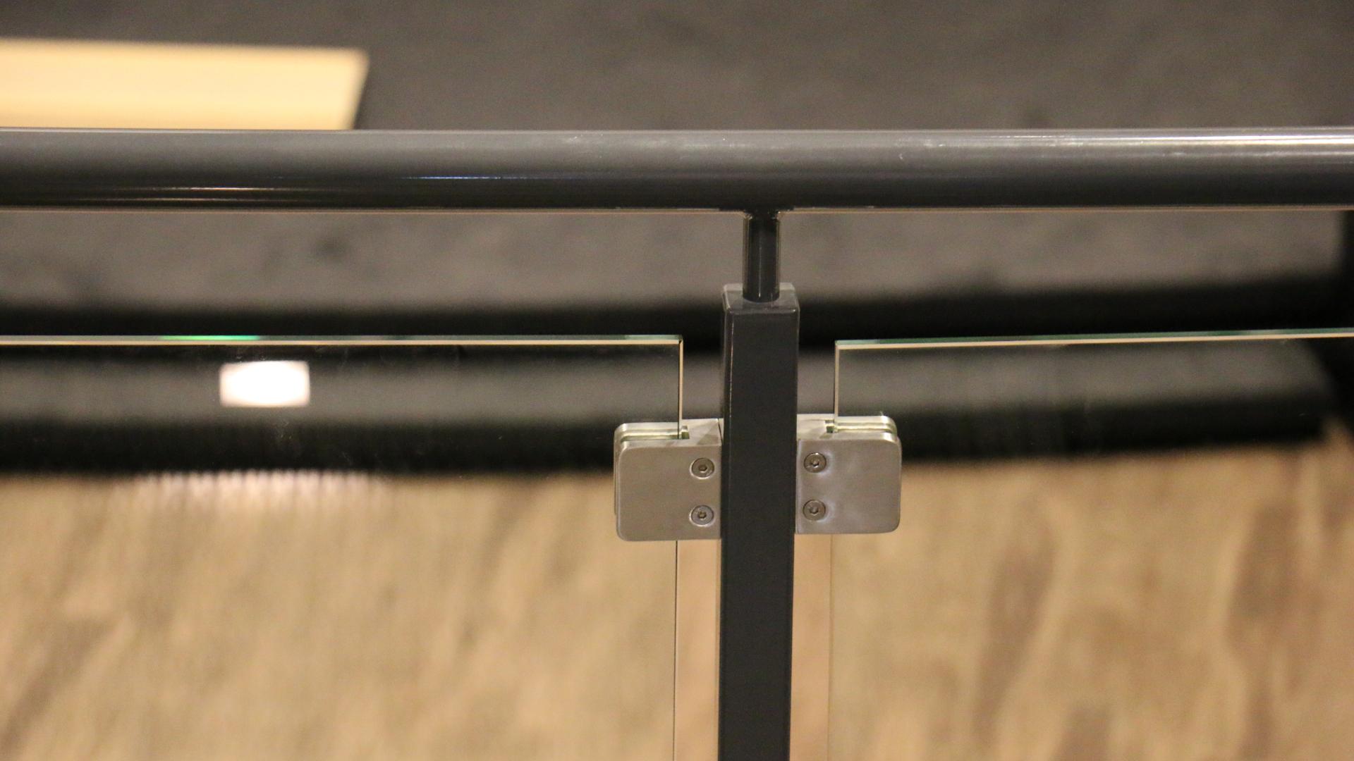 glass railings desktop (3)