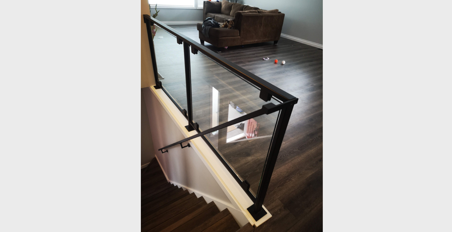 blacked out glass railing portfolio 23 (4)